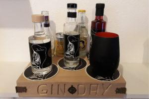 DeVin Gin: Señora, Señor, Red Corazon