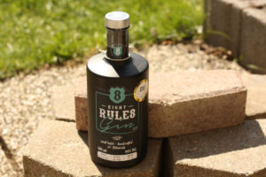 8 Rules Gin / Eight Rules Gin