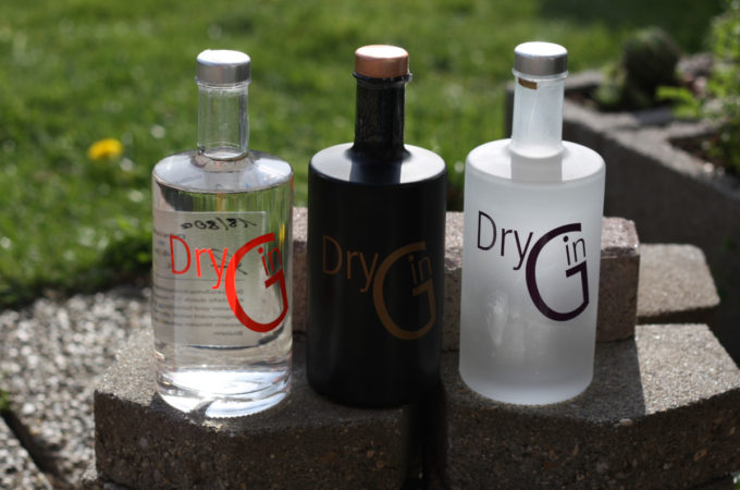 Graefenberger Dry Gin: Orange, Purple, Gold