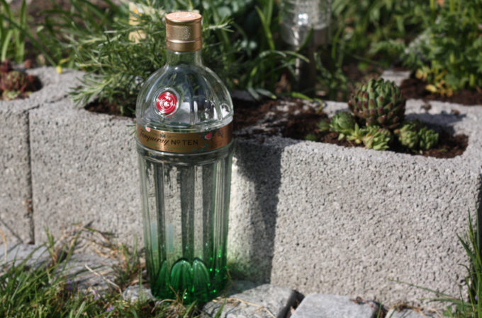 Tanqueray No. Ten Grapefruit & Rosemary Distilled Gin