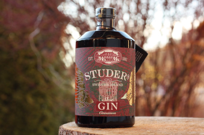 Studer Swiss Highland Sloe Gin Cinnamon Limited Winter Edition